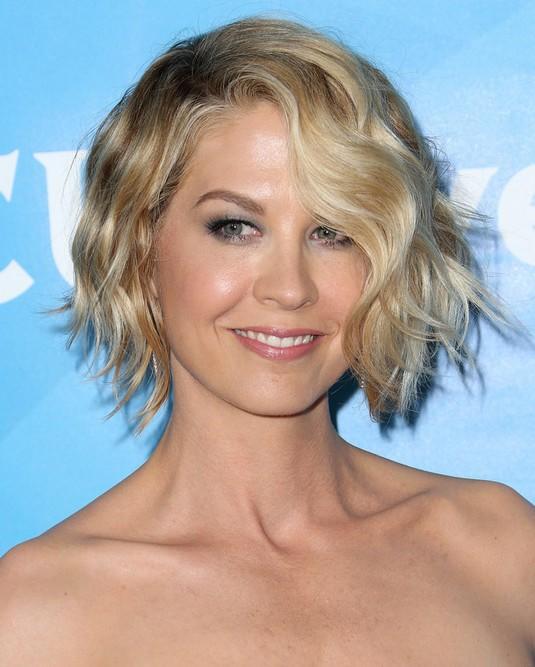 25 Celebrity Short Haircuts 2018 celebrity short haircuts 13 photo