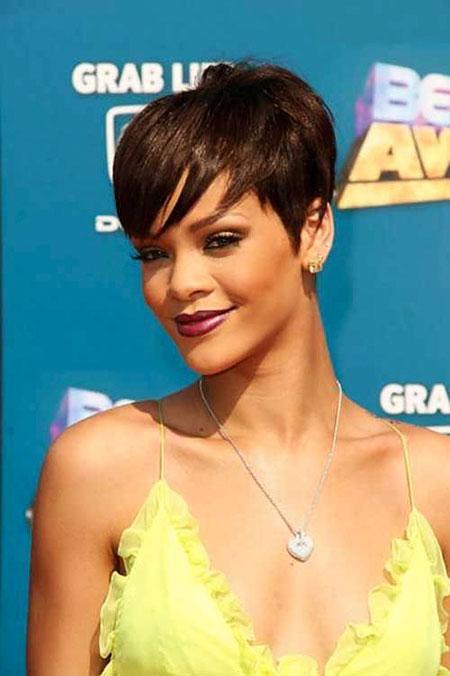 Pixie Short Rihanna Wig