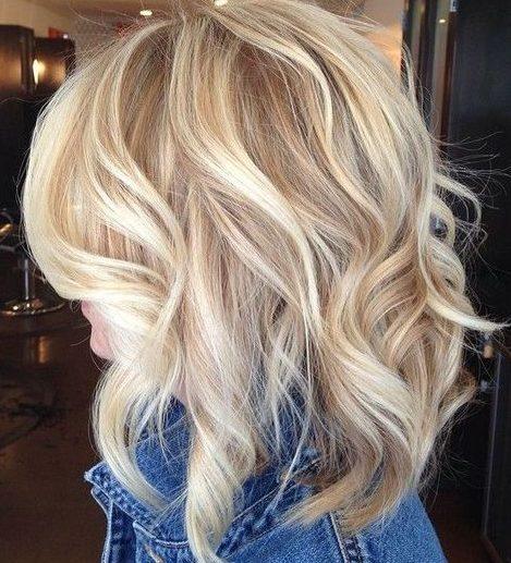 Fair skin blonde hair colors for short hair