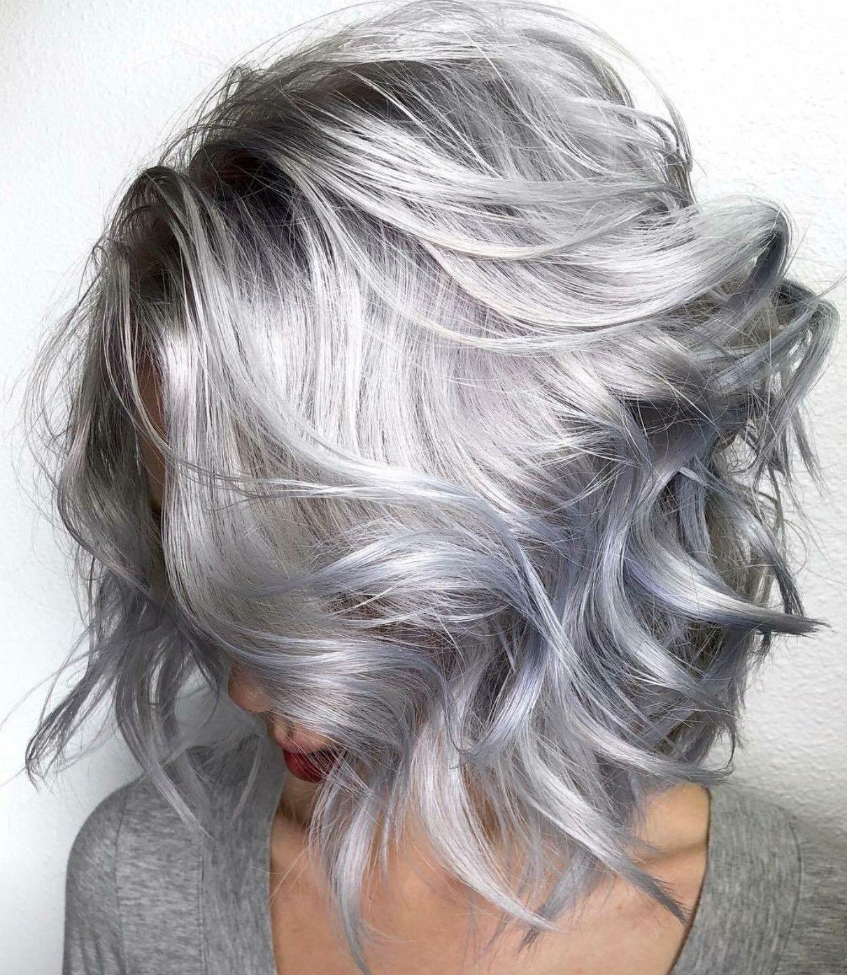 Short hair grey platinum hair color