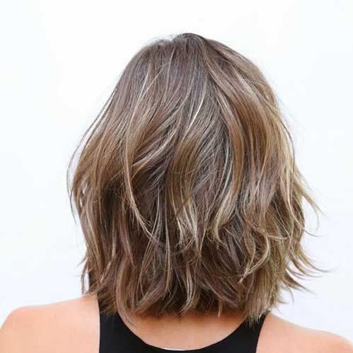 Short shoulder length hair