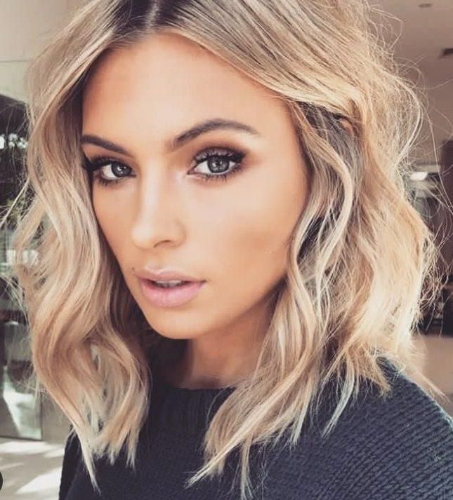 Shoulder length hair for blonde hair