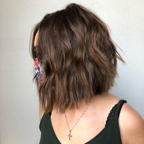 shoulder length bob haircut 2021