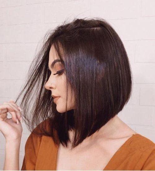 shoulder length bob haircut with bangs