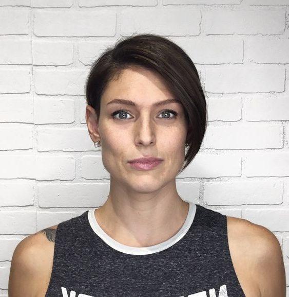 square haircut female