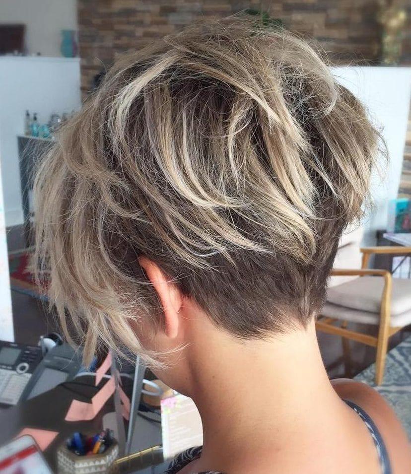 Round face short tomboy haircuts