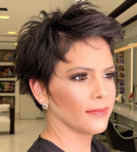 Pixie Haircuts For Fine Hair Over 60 | Short Hair Models