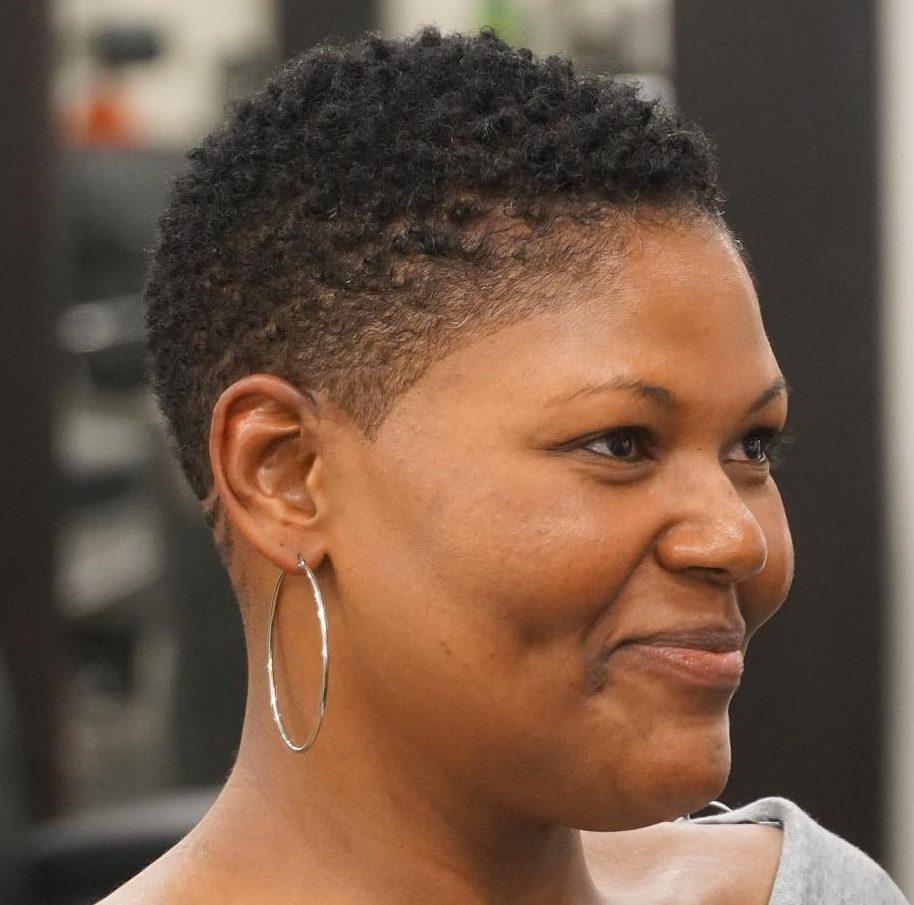 Low maintenance short natural haircuts for black females