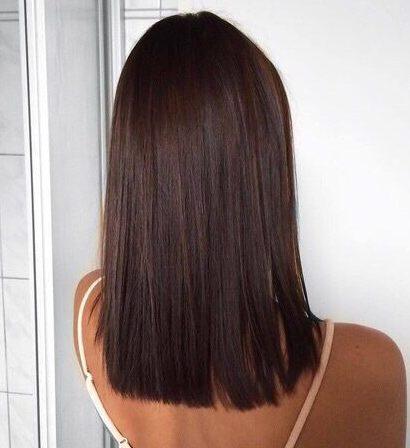 Shoulder length short hair straight cut